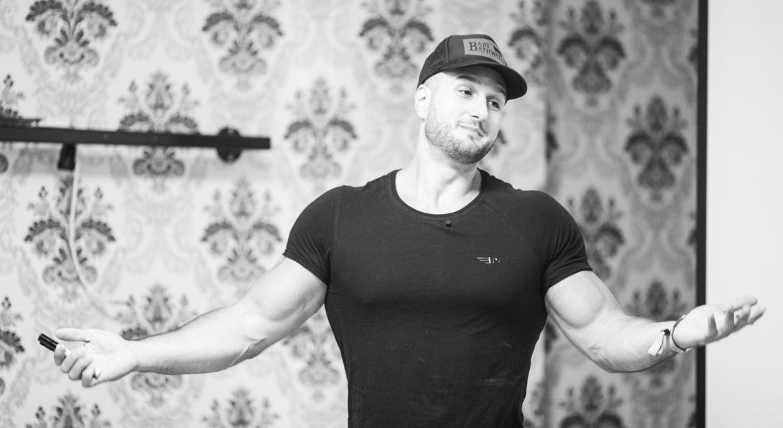 Tactical Nutritionist and Trainer Emil Hodzovic telling whether to crash diet or not black and white image.
